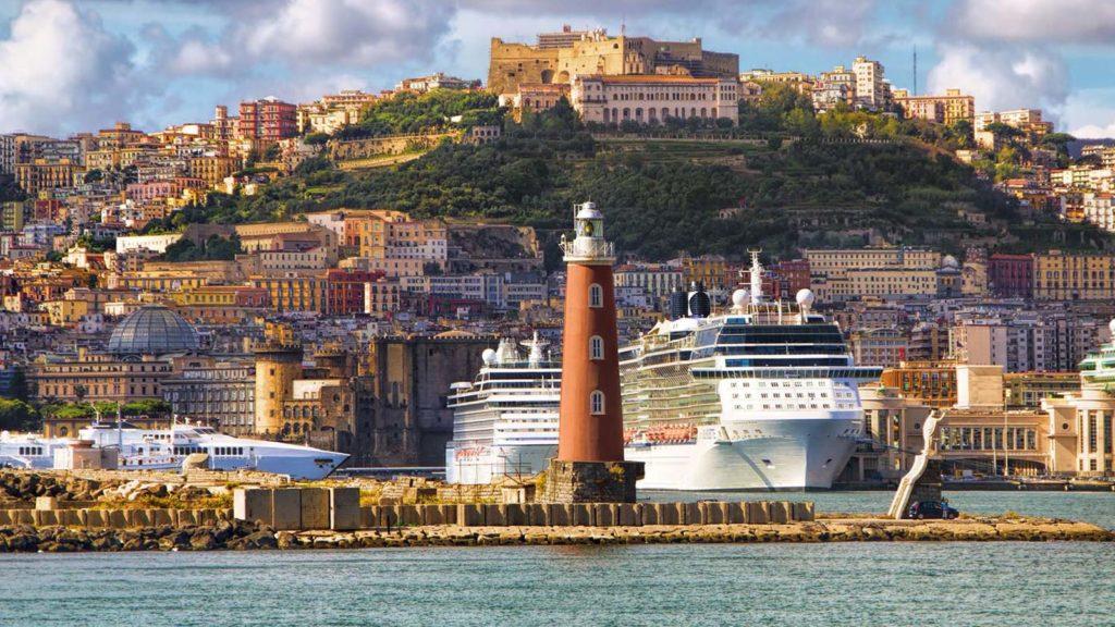 Neapol harbour